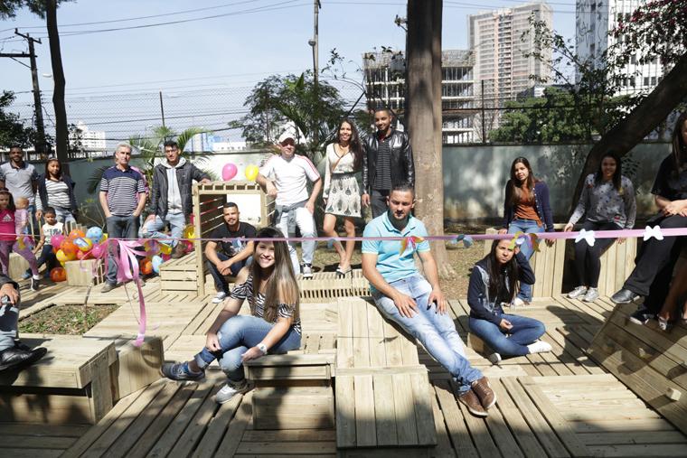 Móvel Praça sentar apoiar cultivar conviver e brincar 1